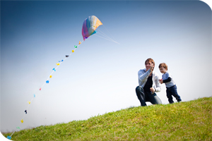 Kite flying - Holiday Cottages :: Choice Cottages :: www.choice-cottages.co.uk :: +44 (1271) 815 000 :: info@choicecottages.info