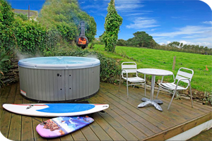 Hot Tub & BBQ - Holiday Cottages :: Choice Cottages :: www.choice-cottages.co.uk :: +44 (1271) 815 000 :: info@choicecottages.info